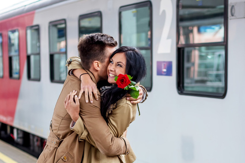 Partnerrückführung - Paar mit Rose